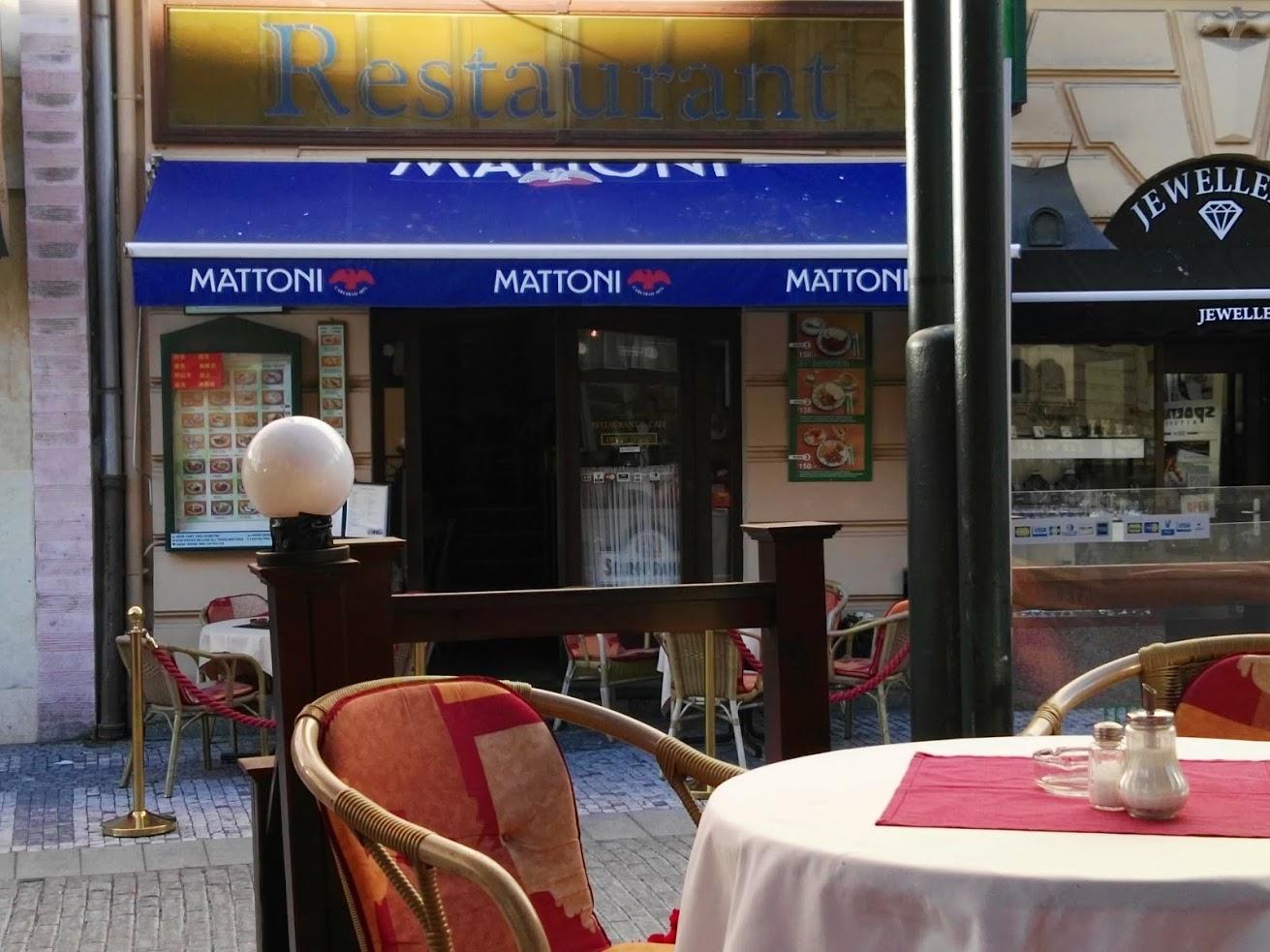 Restaurant Kolonáda pohled ze zahrádky